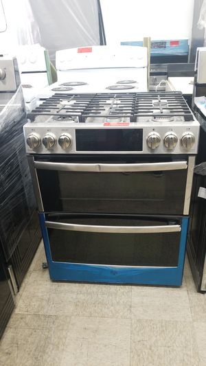 GE stainless stove gas for Sale in Chicago, IL