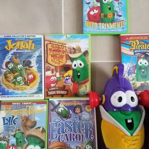 "Childrens DVD's ""VeggieTales"" 10 DVD Movies by: Big Idea ""6 Movies + 4 Larry Boy Movies with Stuffed Larry Boy"" for Sale in Orlando, FL"