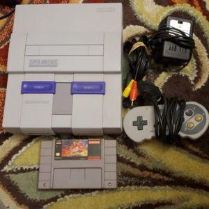 Super Nintendo SNES w/ Controller, Cables And Aladdin Game READ DESCRIPTION for Sale in Miami, FL
