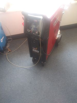 Welder 4 sale for Sale in Maple Heights, OH