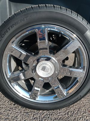 CADILLAC RIMS (4) OEM (just rims) for Sale in Clovis, CA