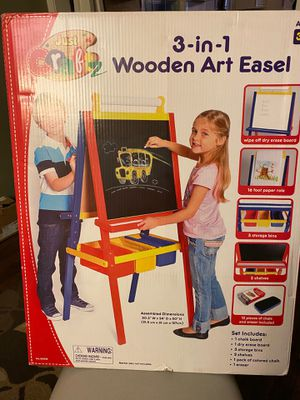 Wooden Art Easel for Sale in Brunswick, OH