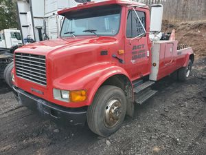 94 international wrecker tow truck rollback for Sale in Saint Johns, PA