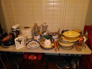 Large Kitchen baking cooking ware lot for Sale in Fresno, CA