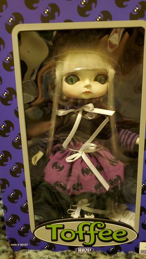 Doll for Sale in Montclair, CA