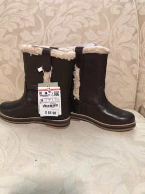 Girls boots by Zara Size 9 Kids for Sale in Queens, NY