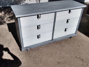TV Stand Dresser (free delivery) for Sale in Colorado Springs, CO