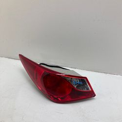 For 2011-2014 Hyundai Sonata Left Driver Side Taillight  for Sale in Fontana, CA