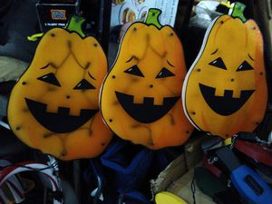 Lighted Halloween pumpkin decorations for Sale in Chicago Ridge, IL