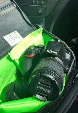Nikon D3500 for Sale in Denver,  CO