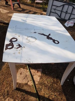 Free table for Sale in Riverside, CA