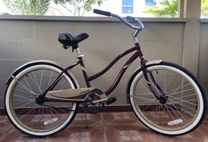 """Huffy 24"""" inch Cranbrook Street Cruiser Bike in GREAT CONDITION for Sale in Las Vegas, NV"""