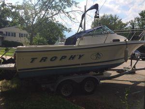 1998 Trophy Boat Bayliner for Sale in Springfield, VA