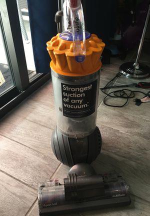 Dyson Animal Vacuum - $100 for Sale in Miami, FL