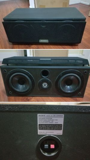 Sony center channel speaker for Sale in Long Beach, CA
