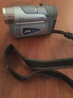 JVC 700 x Camcorder ( Cord not Included) for Sale in Aberdeen,  WA