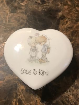 1985 Precious Moments keepsake box for Sale in Kennedale, TX