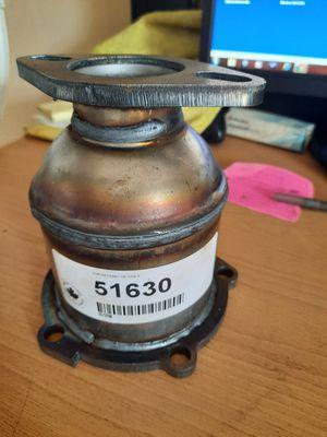 2005 kia Sedona catalytic converter for Sale in San Bernardino, CA