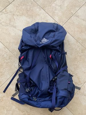 Gregory Deva 60 Liter Small hiking backpack for Sale in Riviera Beach, FL