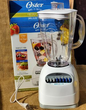 NEW Oster 10 Speed blender with 6 cup plastic jar for Sale in Los Angeles, CA