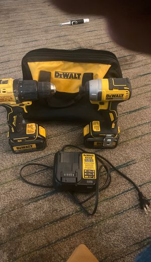 Dewalt Drill Set with upgraded 3.0ah batteries and charger for Sale in Fresno, CA