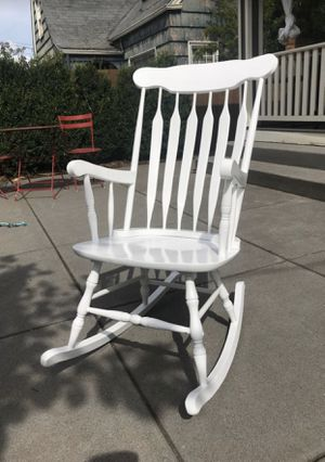Kid Kraft white rocking chair for Sale in Portland, OR