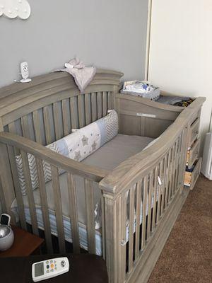 Sorelle Sedona Baby Crib for Sale in Tustin, CA