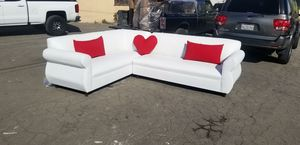 NEW 7X9FT WHITE LEATHER SECTIONAL COUCHES for Sale in Yucca Valley, CA