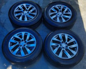 """18"""" INCH 2013-2015 INFINITI QX60 OEM WHEELS RIMS WITH TIRES for Sale in Fort Lauderdale, FL"""