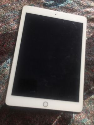 iPad Air 2 9.7 inch for Sale in Havertown, PA