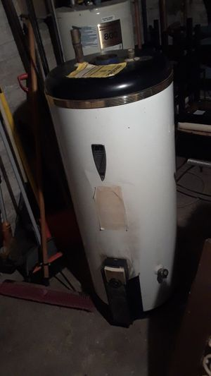 Gas hot water heater for Sale in Washington, MD