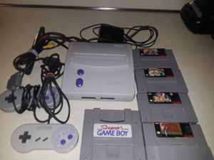 Super Nintendo jr for Sale in Roseville, MI
