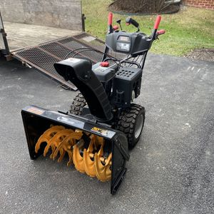 "2010 Craftsman 30"" Electric Start Snow Blower for Sale in Mount Airy, MD"