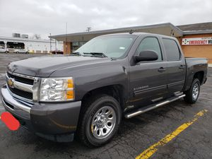2011 Chevy Silverado 1500 LS Crew Cab for Sale in Lombard, IL