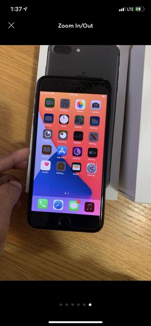 Iphone 7 plus for Sale in Waukegan, IL
