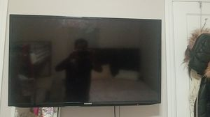 Samsung tv 37 inch for Sale in Alexandria, VA