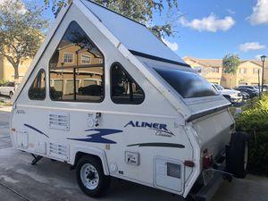 2009 Aliner Classic Pop Up Camper for Sale in Miami, FL