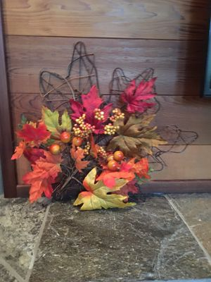 Brand New Fall Foliage Wall Hanging for Sale in Everett, WA