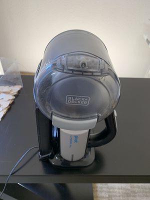 Black and decker hand vacuum for Sale in Chula Vista, CA