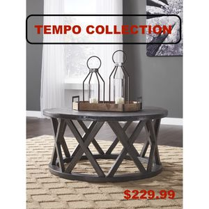 Round Cocktail Table, Grey for Sale in Downey, CA
