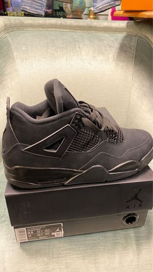Black cat Jordan's official 300$ 9.5 for Sale in Lowell, MA