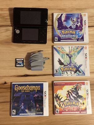 Nintendo 3DS + Charger and 5 games for Sale in Malden, MA