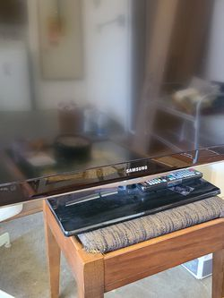 "32"" Samsung Flat Screen TV for Sale in Foster City,  CA"