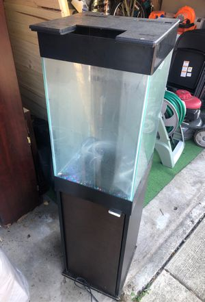 Fish tank for Sale in Maywood, IL