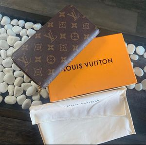 Louis Vuitton zippy Wallet for Sale in Tampa, FL