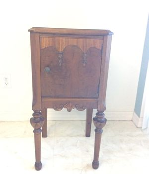 Antique (telephone/sewing) table for Sale in Palm Harbor, FL
