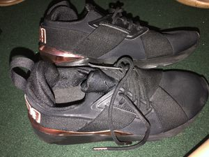 Puma shoes-size 8 1/2 for Sale in Houston, TX