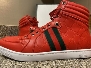 """Gucci men's high """"guccissima"""" sneaker 9.5/43 for Sale in McDonough, GA"""