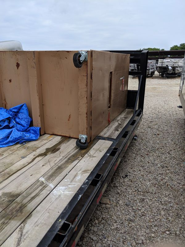 East Texas gooseneck trailer 26ft lowdeck