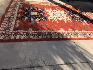 Excellent condition like new Big 10x13 Area rug made in Turkey only $65 firm for Sale in Port Charlotte, FL